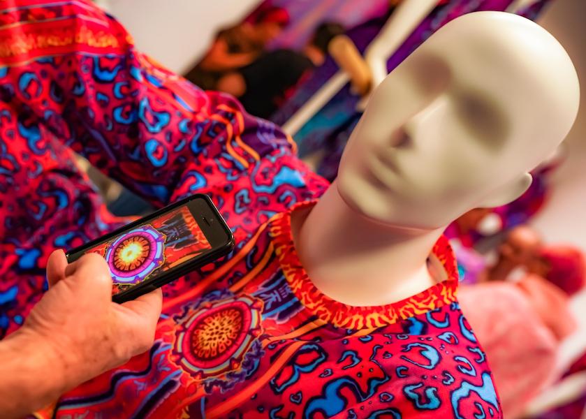 Mode et monde virtuelle, Lil Miquela, Niki Killick, Noonoouri, Dior, Balmain Army